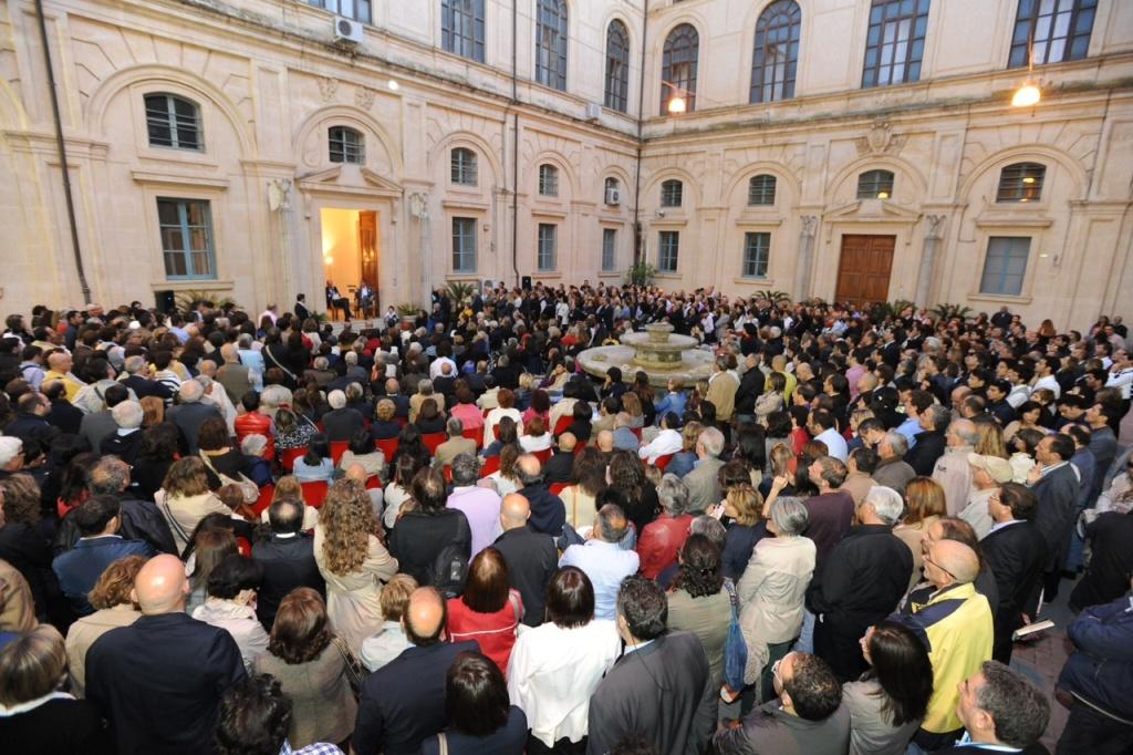 A tutto volume Libri in festa a Ragusa 2012 b foto Maurizio Riccardi