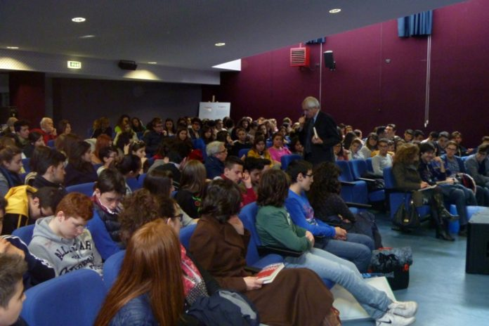 Roberto Ippolito Ignoranti Bisceglie 9 aprile 2013