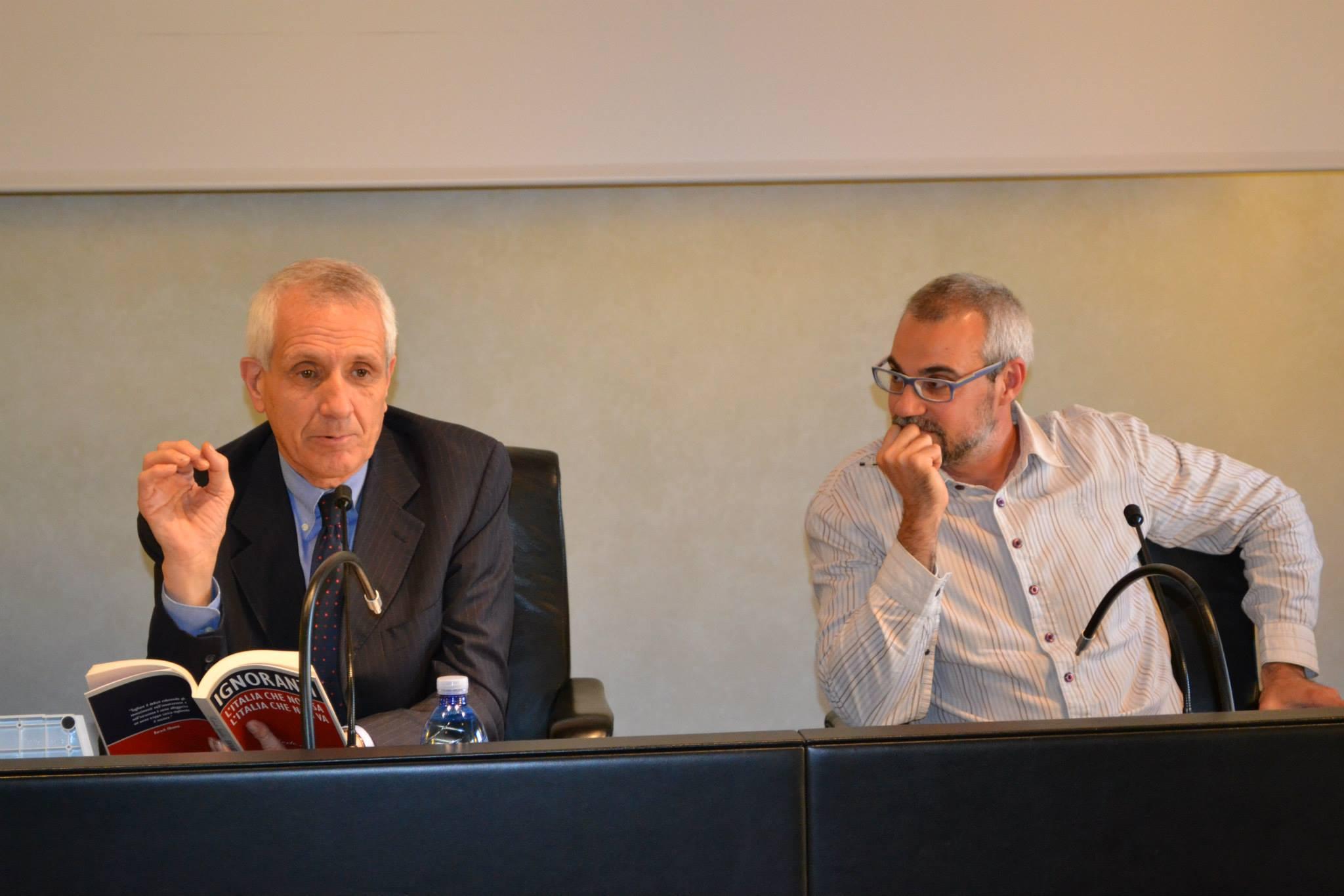 Roberto Ippolito e Marco Malvaldi San Miniato 6 giugno 2013 2