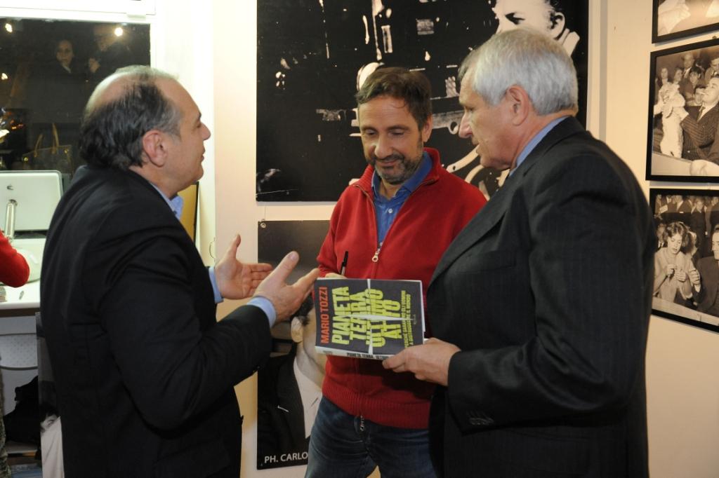 19 novembre 2013 6 Maurizio Riccardi Mario Tozzi e Roberto Ippolito a Spazio5 foto Agr