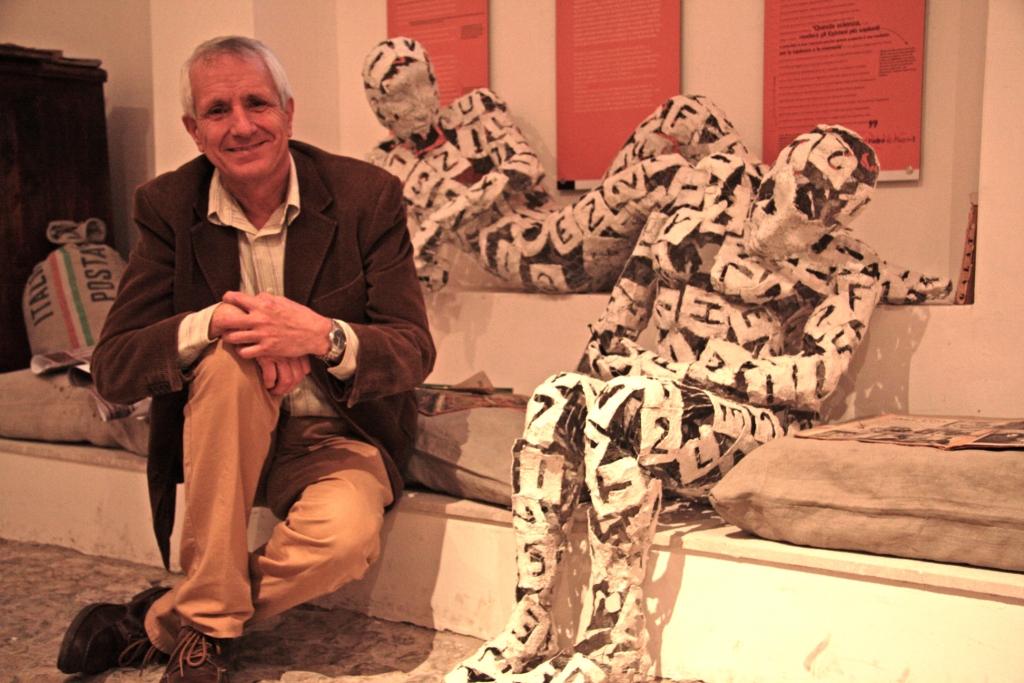 Roberto Ippolito  al Museo delle scritture di Bassiano 16 novembre 2013 foto Raffaela Scaglietta 2