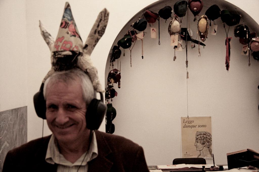 Roberto Ippolito  al Museo delle scritture di Bassiano 16 novembre 2013 foto Raffaela Scaglietta