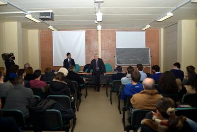 Roberto Ippolito e a sin. Giorgio Restaino Potenza 21 gennaio 2014