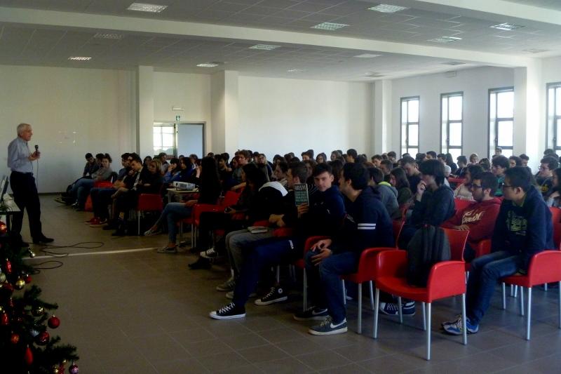 2014 12 13 06 Roberto Ippolito Liceo scientifico Rosetti San Benedetto del Tronto