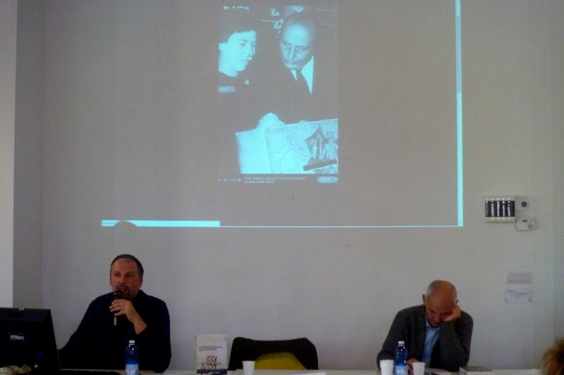2014 12 13 09 Stefano Petrocchi e Mimmo Minuto Liceo scientifico Rosetti San Benedetto del Tronto