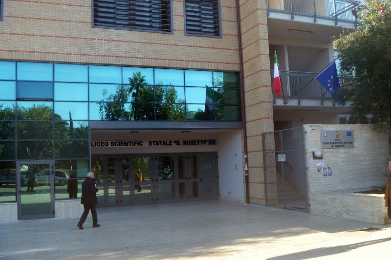 2014 12 13 13 Liceo scientifico Rosetti San Benedetto del Tronto