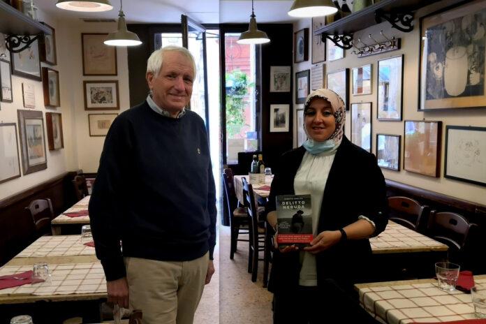 """Roberto Ippolito autore del libro """"Delitto Neruda"""" (Chiarelettere) e Asmae Dachan 23 ottobre 2020 Fiaschetteria Beltramme, Roma"""